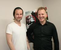 「レイキャヴィク・ホエール・ウォッチング・マサカー」ジュリアス・ケンプ監督(左)とプロデューサーのイングヴァール・ソルダソン