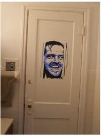 ヒアーズ・ジョニーのドア