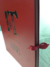 「IT 25th Anniversary Artwork Portfolio Signed Limited Edition」より